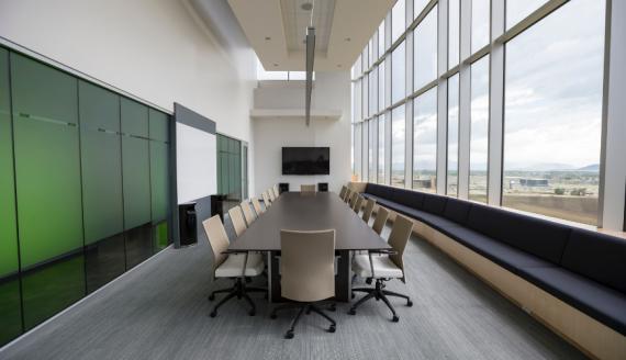 binnenklimaat_kantoor_hoe_kan_je_de_luchtkwaliteit_op_kantoor_verbeteren_climatrix_klimaatplafonds.png